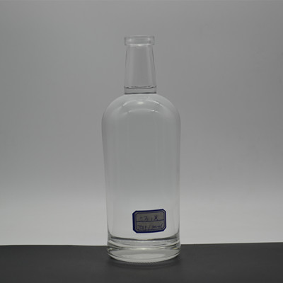 Wholesale 700ml Clear Gin Bottles With Corks