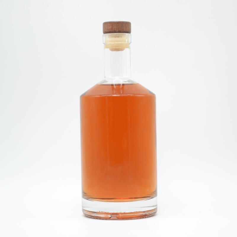 500ml/700ml Round Glass Whiskey Bottles Wholesale